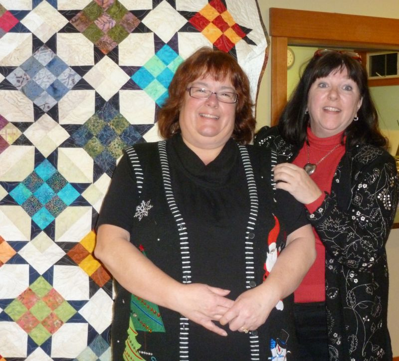 Suz L. with Shaon D. & the President's Quilt