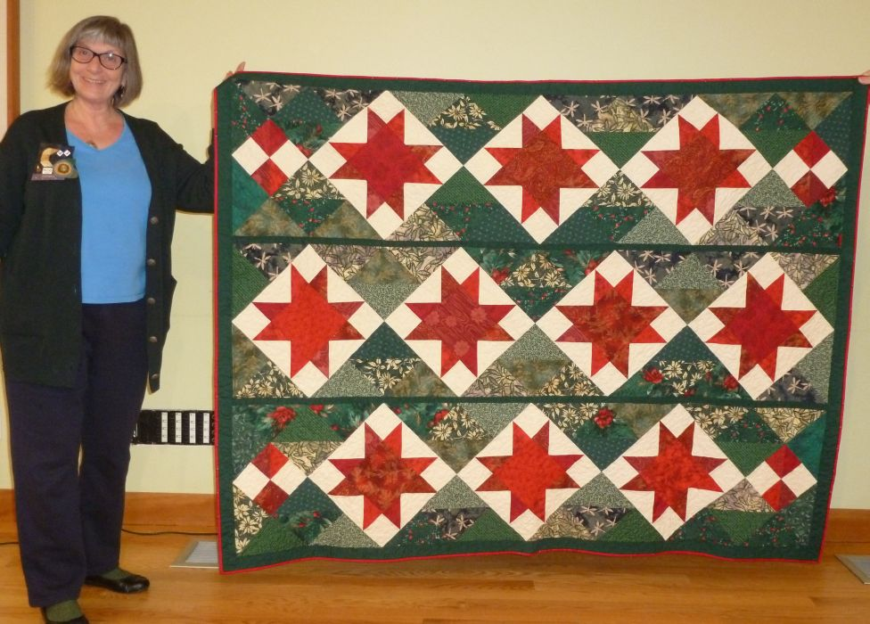 """Rommie M. """"Ragfinery Christmas Quilt"""" from found star blocks"""