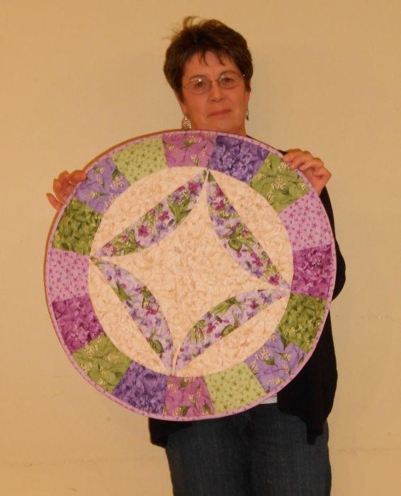 Jean M. - Round Quilt using pastels