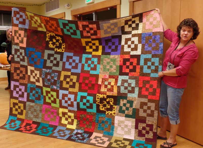 2015 Guild Raffle Quilt wins Red Ribbon!