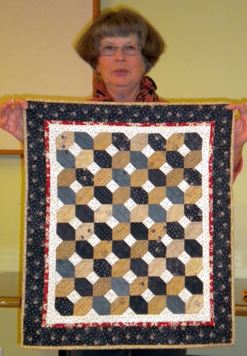 Linda C. - Snowman Quilt using fabric she HAD to have