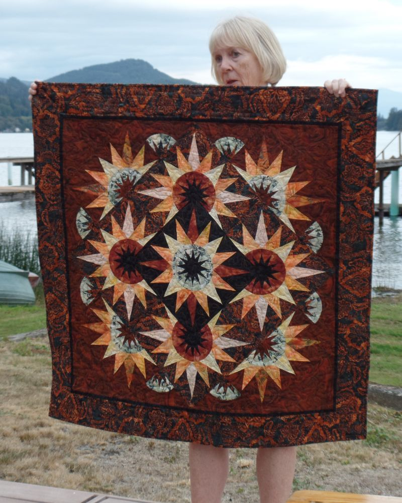 Linda finally finished her Autumn Table Quilt from Linda Telesbo workshop