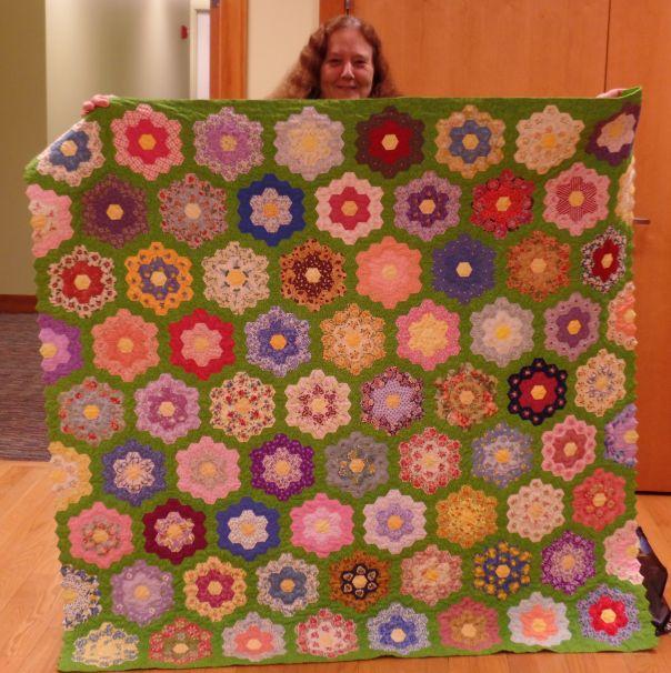 Judy D. flower garden quilt