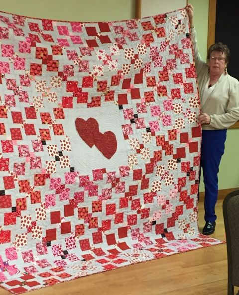 Rose T. shared a beautiful Valentine quilt.