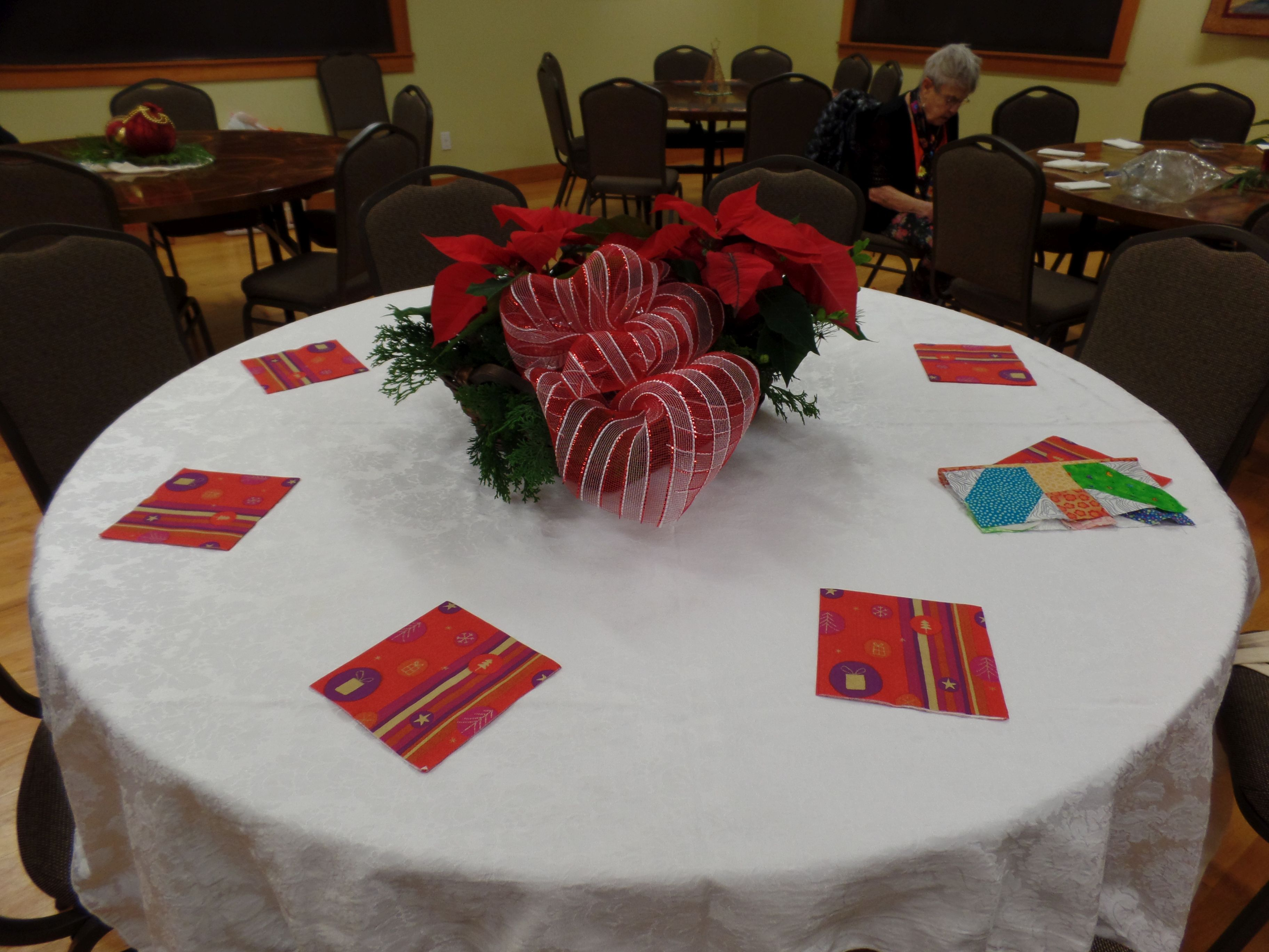 Festive Table Decorations 2